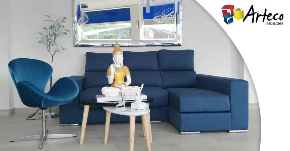Algunos consejos para limpiar los sofás tapizados en tela